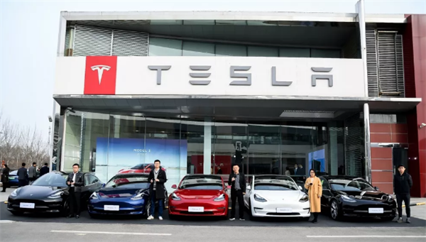 Tesla once again cuts price in China by up to RMB341,100